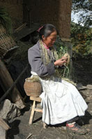 Taking bast from a bamboo basket and Twisting